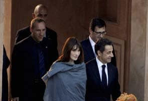 India visit is like a dream, says Carla Bruni