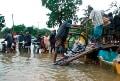 Widespread floods, mudslides in Sri Lanka: 200,000 homeless
