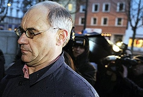 Whistleblower Swiss banker Rudolf Elmer arrested in Zurich