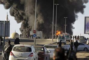 Gaddafi forces bomb rebel-held town in east Libya
