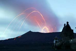 Indonesian volcano erupts hours after Japan earthquake