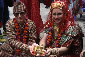 Nepal lesbian wedding inspires Bengal, Kerala
