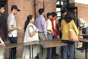 Delhi University cut-offs reach record high; 100% needed for B Com at SRCC