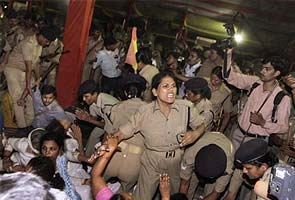 Women, children dragged and beaten, says Baba Ramdev after eviction from Delhi