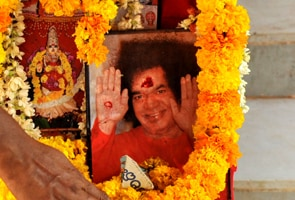 Cash worth Rs 35 lakh seized from Sathya Sai Trust's vehicle