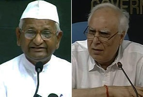 Anna: Government defaming me; Sawant report doesn't say I am corrupt