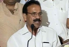 Karnataka: Yeddyurappa has his way, Sadananda Gowda is new Chief Minister