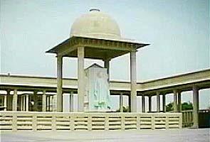 Mayawati to inaugurate 685-crore Noida memorial park today