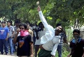 Telangana bandh called on Monday, bus strike withdrawn