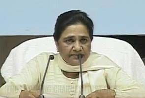 FDI in retail: Mayawati slams Centre, says move to benefit 'Rahul's foreign friends'