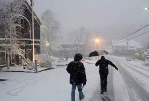 US: October snowstorm disrupts Halloween across Northeast