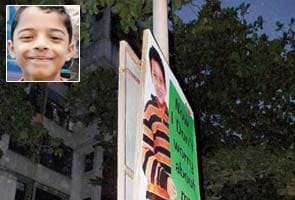 9-yr-old leans out of school bus, smashes head against hoarding, dies