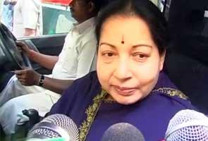 Jayalalithaa sacks six Tamil Nadu ministers