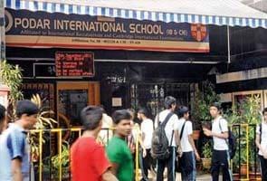 School 'asks' 840 students to buy iPads
