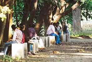 Lovers Welcome Says Empress Garden In Pune