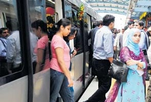 Bangalore rings in 2012, Metro adds glitz