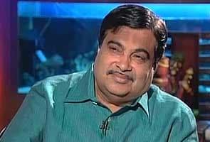 Gadkari condoles Nambiar's death