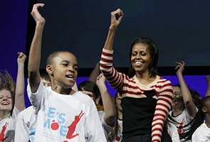 Thousands shake a leg with Michelle Obama for 'Let's Move'