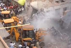 Three killed, two injured as building collapses in Secunderabad
