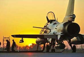 China test its J-10 fighters near borders with India