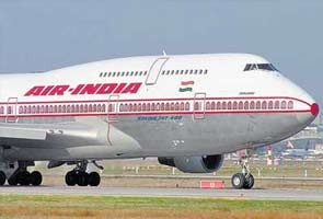 Air India plane makes emergency landing at Mumbai airport