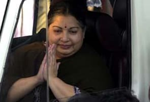 Jayalalithaa hands over 8251 houses to those hit by tsunami