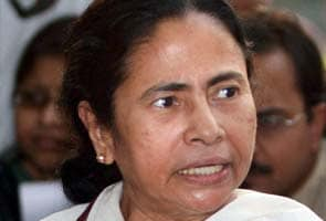 Mamata meets PM, says all options open for president poll