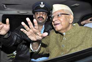 Paternity suit: Delhi High Court asks ND Tiwari to give blood sample on May 26