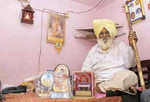 Dacoit in past, now a spiritual guru