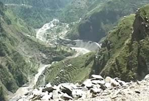 Road once used by Mughal emperors unites lovers and others