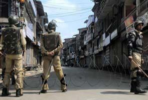 Kashmir tense, a day after fire destroyed Dastgeer Sahib Sufi shrine