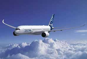 Airbus delays new passenger jet A350 after glitch