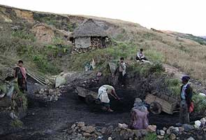 Hope runs out for Meghalaya's trapped 'rat-hole' miners
