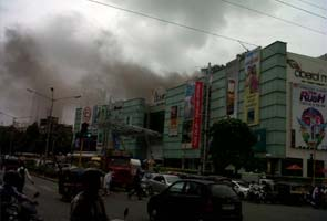 Fire at Oberoi Mall in Goregaon, Mumbai