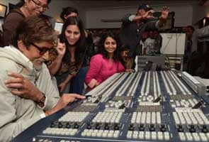 Amitabh Bachchan blogs about women power at NDTV
