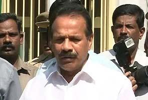 Sadananda Gowda hits back at Yeddyurappa on drought remarks