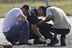 8 bodies found inside car in northern Mexico