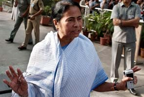 Bengal Congress eyes cabinet berths; ministers to resign from Mamata government today