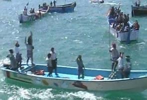 Kudankulam protests: Fishermen lay siege to Tuticorin port