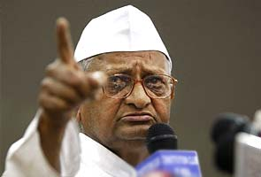 Anna Hazare announces new action plan; not to form party