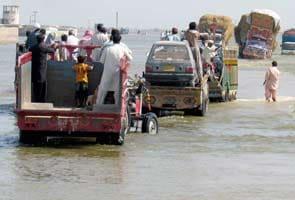 Pakistan floods kill 371, affect 4.47 million