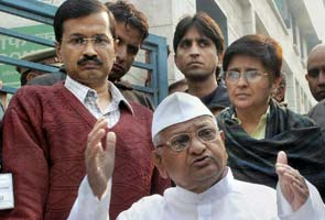 Anna Hazare back in action; new team taking shape under Kiran Bedi, say sources