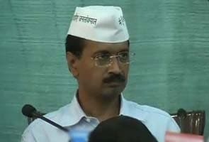 Is Robert Vadra every party's son-in-law, asks Arvind Kejriwal