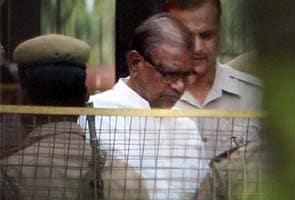 Former BJP president Bangaru Laxman gets bail in graft case