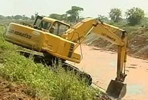 The 70,000-crore scam: In advances to contractors, some see kickbacks