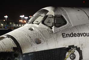 Space shuttle Endeavour starts road trip to new home