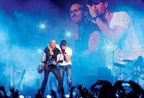 Brawl at Enrique Iglesias concert
