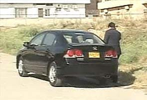 Explosives found under Pakistan journalist Hamid Mir's car, defused