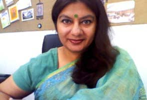 Well-known Pakistani journalist Marvi Sirmed shot at