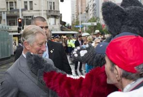 'Fashion icon' Charles a hit with New Zealand crowds